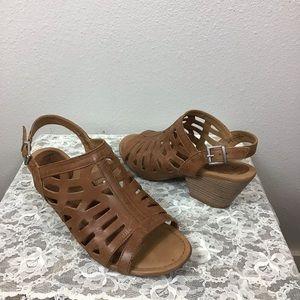 BOC Leather Lattice Sandals Sz 9M